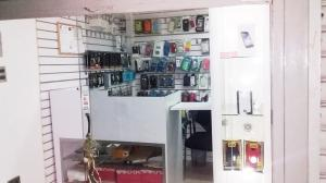 Local Comercial En Ventaen Municipio Naguanagua, La Granja, Venezuela, VE RAH: 19-1406