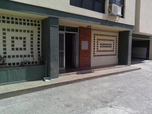 Apartamento En Ventaen La Guaira, Sector Las Quince Letras, Venezuela, VE RAH: 19-1410