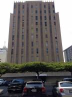 Local Comercial En Alquileren Maracaibo, Avenida Bella Vista, Venezuela, VE RAH: 19-1502