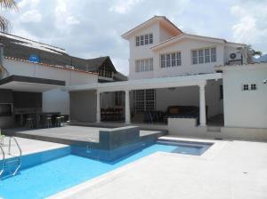 Casa En Ventaen Maracay, El Castaño (Zona Privada), Venezuela, VE RAH: 19-1552