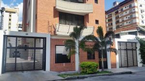 Apartamento En Ventaen Maracay, San Isidro, Venezuela, VE RAH: 19-1553