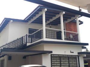 Apartamento En Alquileren Ciudad Ojeda, Bermudez, Venezuela, VE RAH: 19-1555