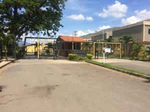 Casa En Ventaen Municipio San Diego, Tiziana Villas, Venezuela, VE RAH: 19-1601