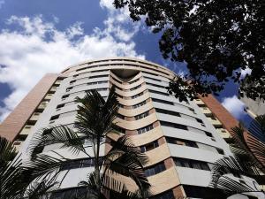 Apartamento En Ventaen Valencia, El Parral, Venezuela, VE RAH: 19-1604