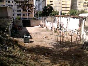 Terreno En Ventaen Maracay, Avenida 19 De Abril, Venezuela, VE RAH: 19-1641