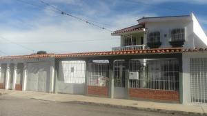 Casa En Alquileren Barquisimeto, Parroquia Catedral, Venezuela, VE RAH: 19-1684