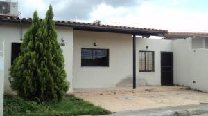 Casa En Ventaen Cabudare, Parroquia José Gregorio, Venezuela, VE RAH: 19-1713