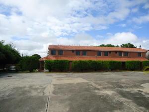 Townhouse En Ventaen Higuerote, Ciudad Balneario Higuerote, Venezuela, VE RAH: 19-1726