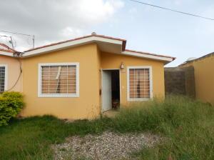 Casa En Ventaen Barquisimeto, Hacienda Yucatan, Venezuela, VE RAH: 19-1805