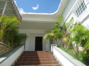 Casa En Ventaen Parroquia Caraballeda, Caribe, Venezuela, VE RAH: 19-1848