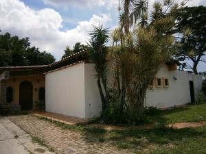 Casa En Ventaen Valencia, Colinas De Guataparo, Venezuela, VE RAH: 19-1926
