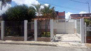 Casa En Ventaen Cabudare, Valle Hondo, Venezuela, VE RAH: 19-1930