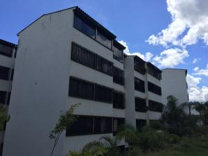 Apartamento En Ventaen Los Teques, Municipio Guaicaipuro, Venezuela, VE RAH: 19-1935
