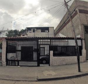 Casa En Ventaen Caracas, Propatria, Venezuela, VE RAH: 19-1956