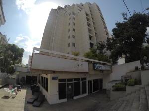 Local Comercial En Alquileren Caracas, Los Palos Grandes, Venezuela, VE RAH: 19-2055