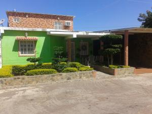 Casa En Ventaen Punto Fijo, Los Caciques, Venezuela, VE RAH: 19-2074