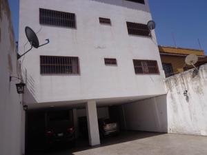 Apartamento En Ventaen La Victoria, Centro, Venezuela, VE RAH: 19-2110