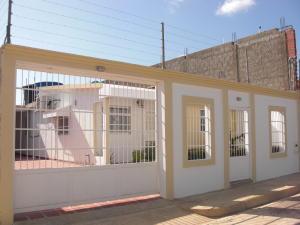 Casa En Ventaen Coro, Villa Sabana, Venezuela, VE RAH: 19-2133