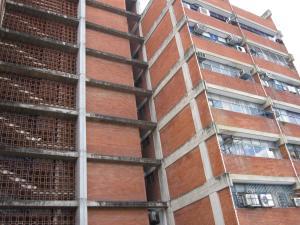 Consultorio Medico  En Ventaen Maracay, Calicanto, Venezuela, VE RAH: 19-2310