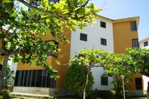 Apartamento En Ventaen Higuerote, Agua Sal, Venezuela, VE RAH: 19-2312