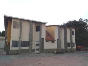 Townhouse En Ventaen Maracay, El Limon, Venezuela, VE RAH: 19-2331