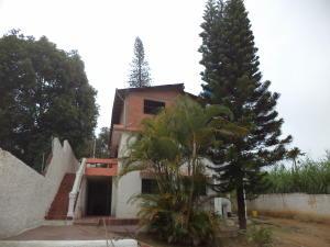 Casa En Ventaen Los Teques, La Macarena Norte, Venezuela, VE RAH: 19-2358