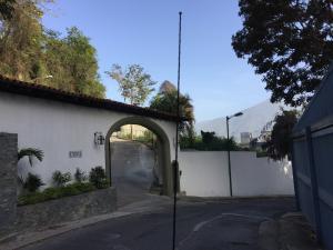 Terreno En Ventaen Caracas, Las Mercedes, Venezuela, VE RAH: 19-2364
