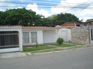 Casa En Ventaen Palo Negro, Conjunto Residencial Palo Negro, Venezuela, VE RAH: 19-2393