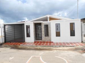 Casa En Ventaen Ciudad Bolivar, Av La Paragua, Venezuela, VE RAH: 19-2427