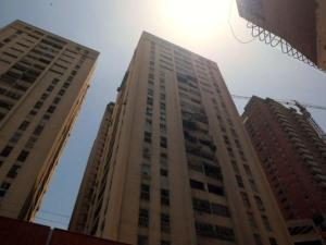 Apartamento En Alquileren Caracas, Parroquia La Candelaria, Venezuela, VE RAH: 19-2430