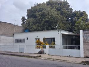 Casa En Ventaen Maracay, Zona Centro, Venezuela, VE RAH: 19-2462