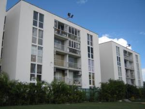 Apartamento En Ventaen Guatire, El Ingenio, Venezuela, VE RAH: 19-2593