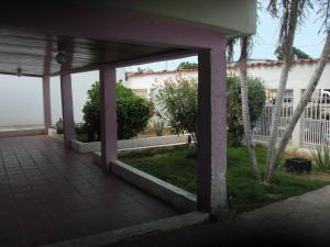 Casa En Ventaen Coro, Barrio San Jose, Venezuela, VE RAH: 19-2583
