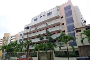 Apartamento En Ventaen Higuerote, Agua Sal, Venezuela, VE RAH: 19-2591