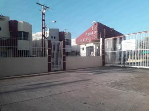 Townhouse En Ventaen Ciudad Bolivar, Av La Paragua, Venezuela, VE RAH: 19-2617