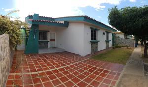 Casa En Ventaen Coro, Costa Del Sol, Venezuela, VE RAH: 19-2636
