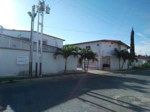 Casa En Ventaen Cagua, Santa Rosalia, Venezuela, VE RAH: 19-2639