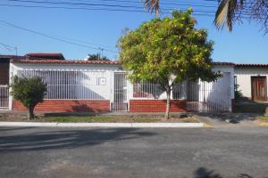Casa En Ventaen Cabudare, La Morenera, Venezuela, VE RAH: 19-2708