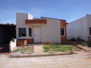 Casa En Ventaen Ciudad Bolivar, Sector Marhuanta, Venezuela, VE RAH: 19-2828