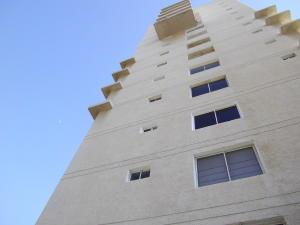 Apartamento En Alquileren Maracaibo, Valle Frio, Venezuela, VE RAH: 19-2953