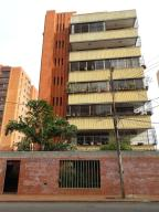 Apartamento En Ventaen Maracaibo, La Lago, Venezuela, VE RAH: 19-2852