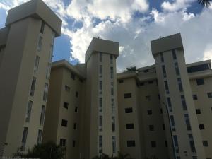 Apartamento En Ventaen Caracas, Colinas De Bello Monte, Venezuela, VE RAH: 19-2861