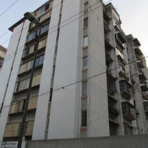 Apartamento En Alquileren Caracas, Los Palos Grandes, Venezuela, VE RAH: 19-2879
