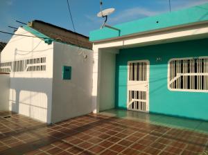 Casa En Ventaen Valencia, Santa Ines, Venezuela, VE RAH: 19-2923