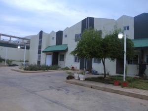 Townhouse En Ventaen Municipio San Francisco, Sierra Maestra, Venezuela, VE RAH: 19-2926