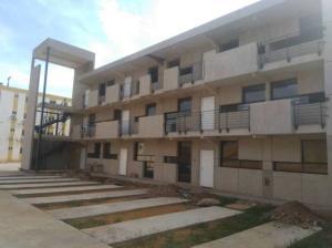 Apartamento En Ventaen Municipio San Francisco, La Coromoto, Venezuela, VE RAH: 19-2931