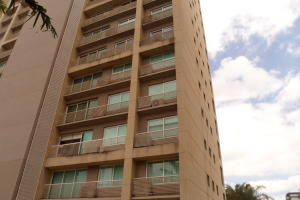 Apartamento En Ventaen Caracas, Santa Eduvigis, Venezuela, VE RAH: 19-3027