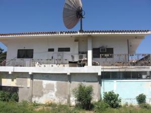 Casa En Ventaen Coro, Sector Concordia, Venezuela, VE RAH: 19-3037