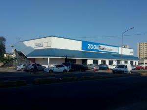 Local Comercial En Ventaen Maracaibo, Avenida Delicias Norte, Venezuela, VE RAH: 19-3116