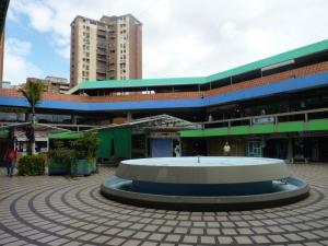 Local Comercial En Alquileren Maracay, Urbanizacion El Centro, Venezuela, VE RAH: 19-3117